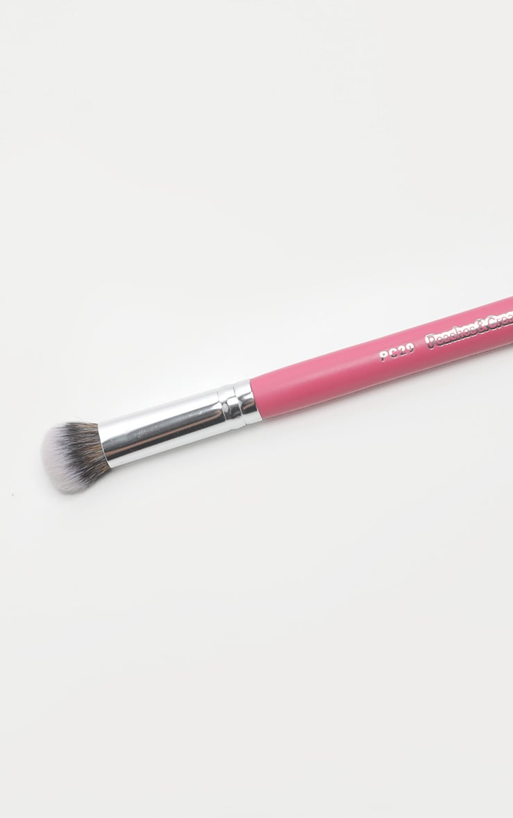 Peaches & Cream PC29 Dense Highlighting Brush 4