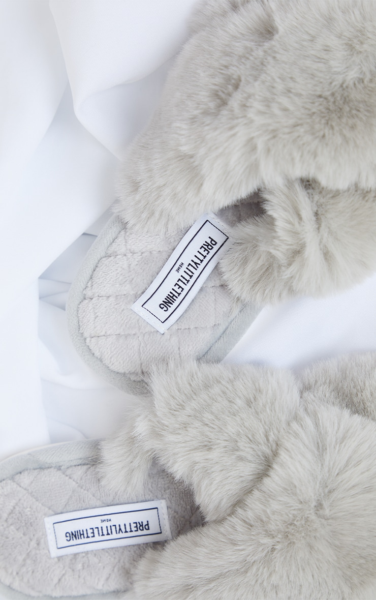 PRETTYLITTLETHING Home Grey Cross Strap Quilted Sole Slippers 4