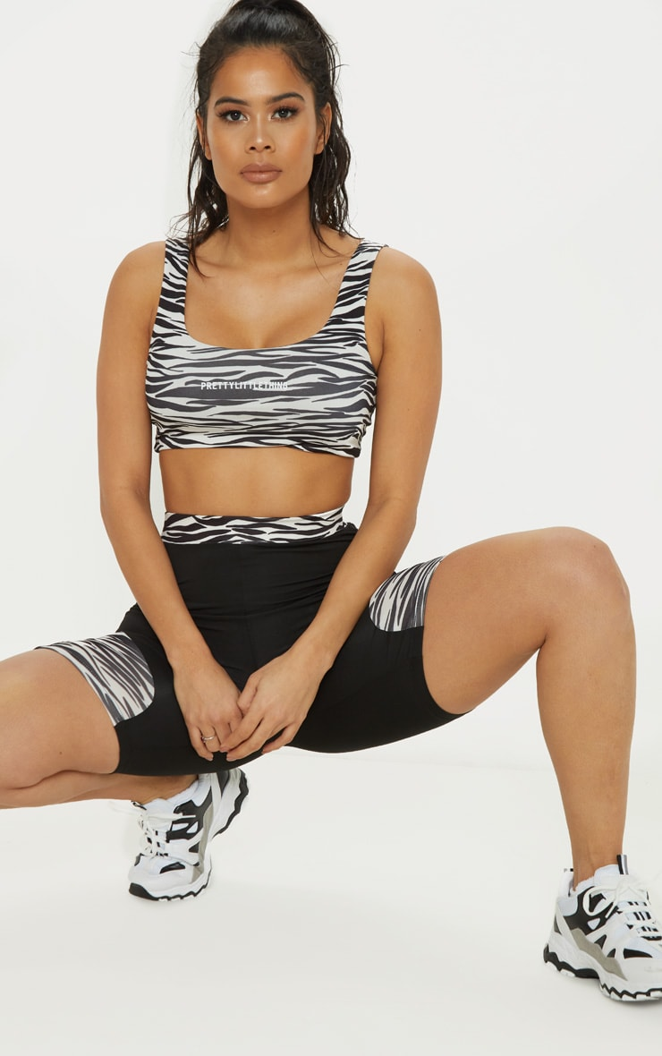 PRETTYLITTLETHING Zebra Gym Crop Top 4
