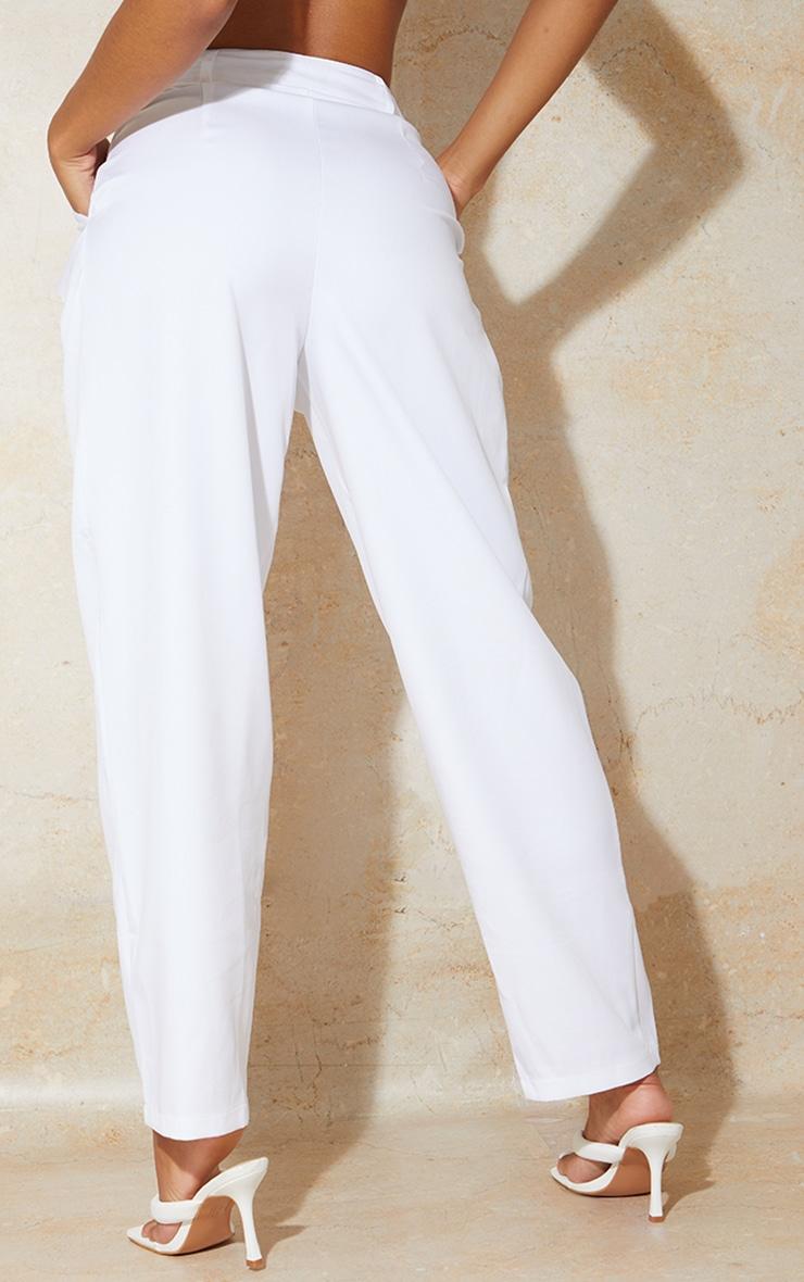 Pantalon cigarette en maille blanche à taille haute 3