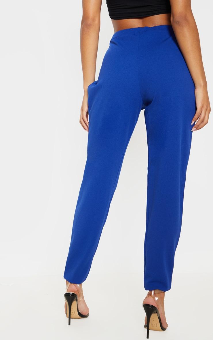 Pantalon cigarette en crêpe bleu 4