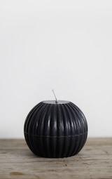 Black Swirl Round Soy Wax Candle 7.5Cm 3