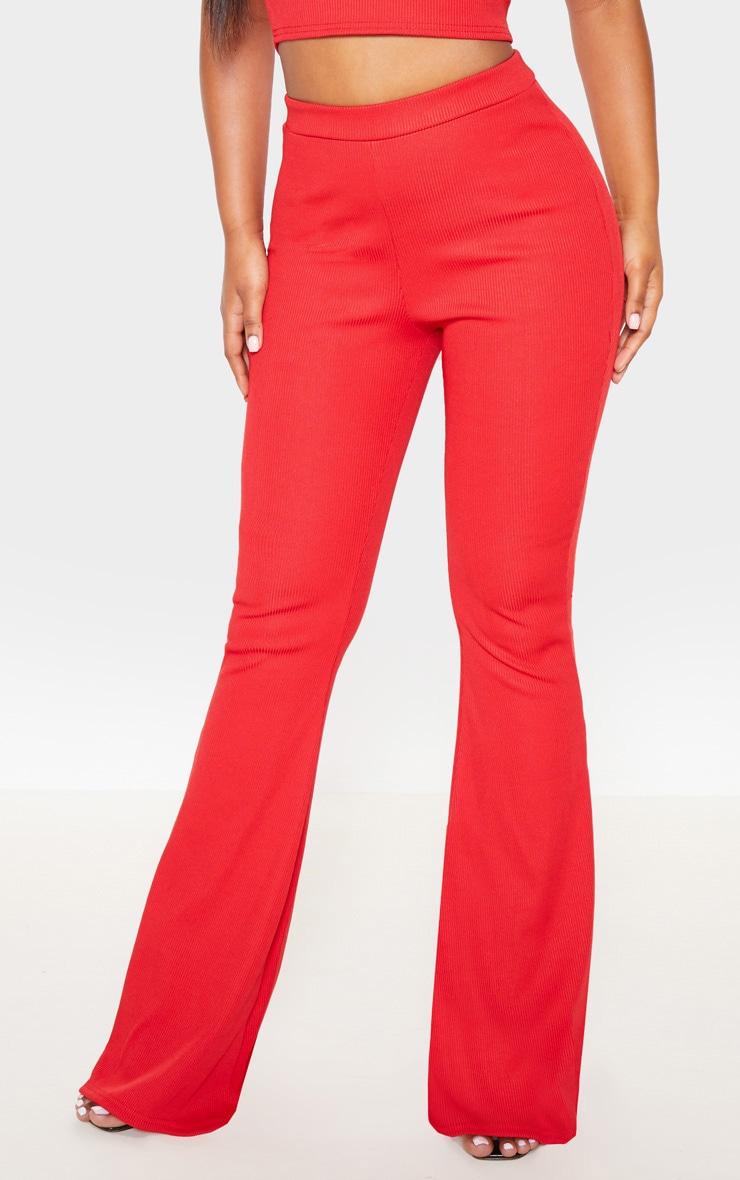 Pantalon moulant côtelé rouge à jambes évasées 2