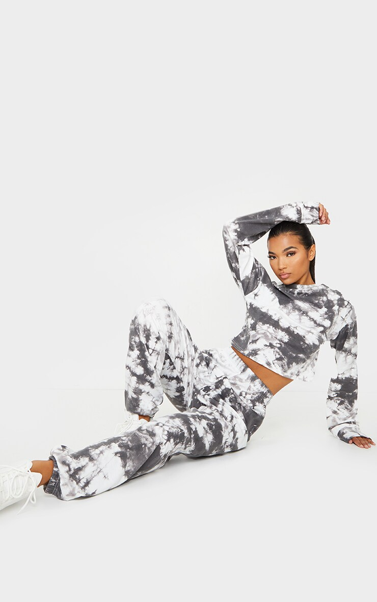 Black Tie Dye Cropped Sweat And Jogger Set 3