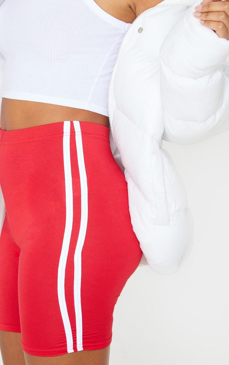 Short-legging rouge à doubles bandes latérales 6