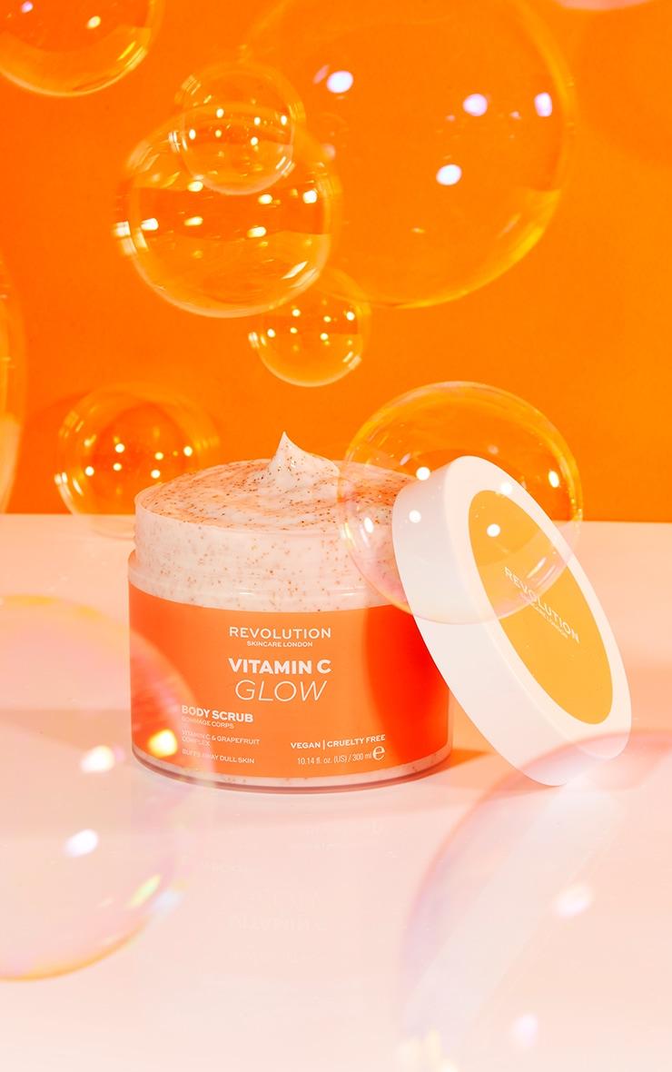 Revolution Body Skincare Vitamin C Glow Body Scrub 1