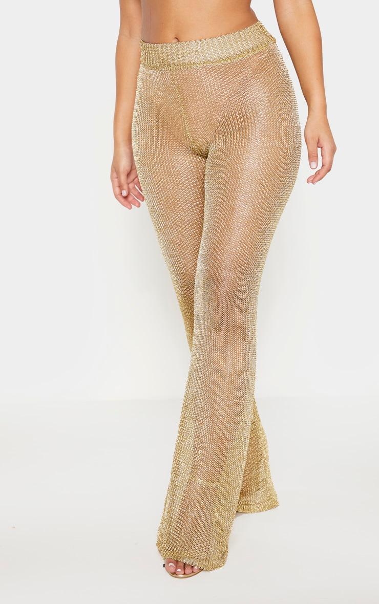 Pantalon flare en maille métallisée dorée 2