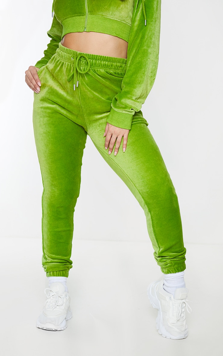 PRETTYLITTLETHING Shape Lime Velour Skinny Joggers 2