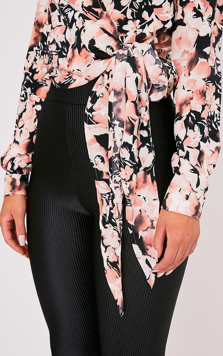 Avalyn chemisier cache-cœur rose à nœud sur le devant et imprimés floraux 6