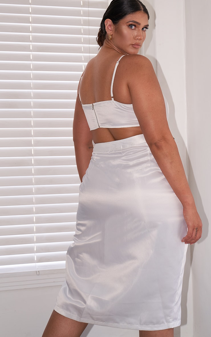Plus White Satin Strappy Cropped Top 2