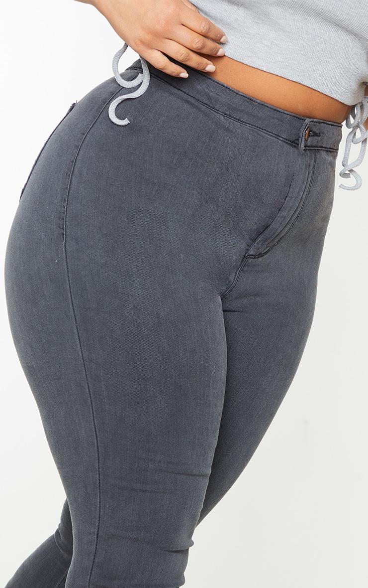 PRETTYLITTLETHING Plus Washed Black Disco Skinny Jean 4