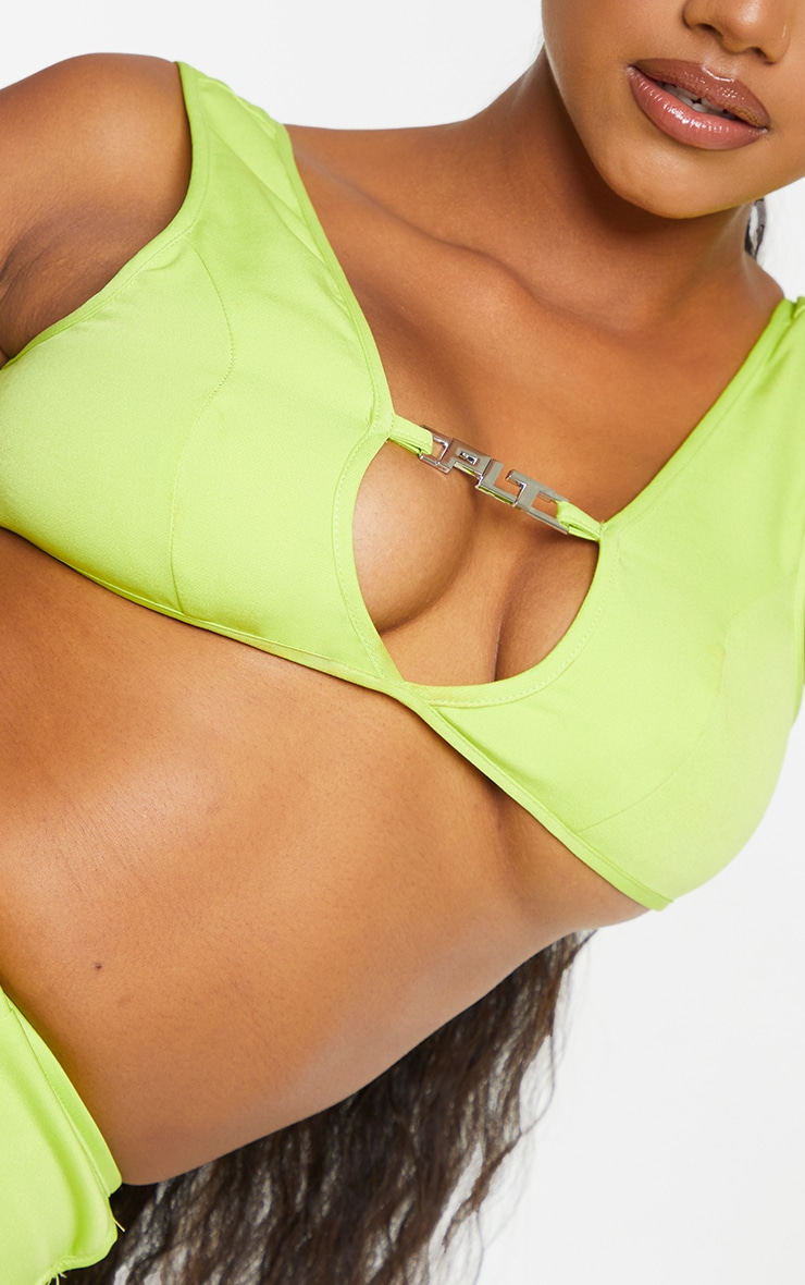 PRETTYLITTLETHING Lime Metal Badge Detail Woven Crop Top 4