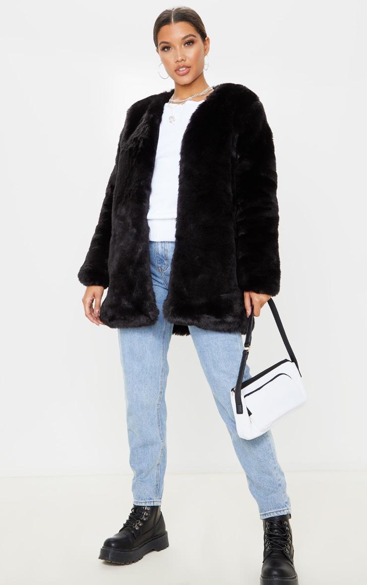 Manteau en fausse fourrure noire 4